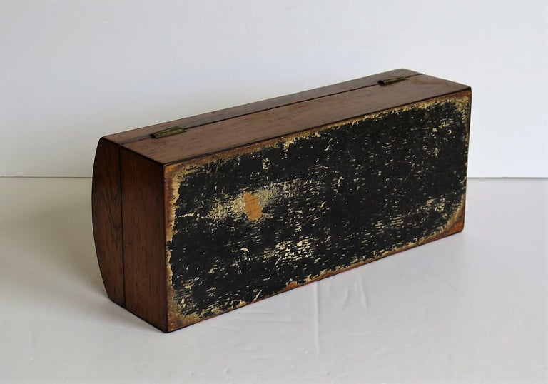 Georgian Box with Domed Lid Cross Banded Mahogany and Satinwood, circa 1810 For Sale 10