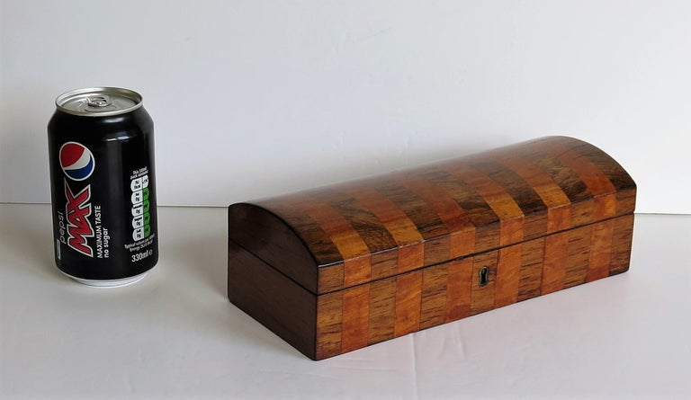 Georgian Box with Domed Lid Cross Banded Mahogany and Satinwood, circa 1810 For Sale 14