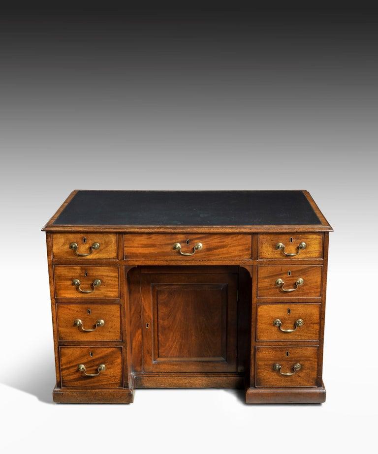Mid-18th Century Georgian Chippendale Period Mahogany Pedestal Desk For Sale