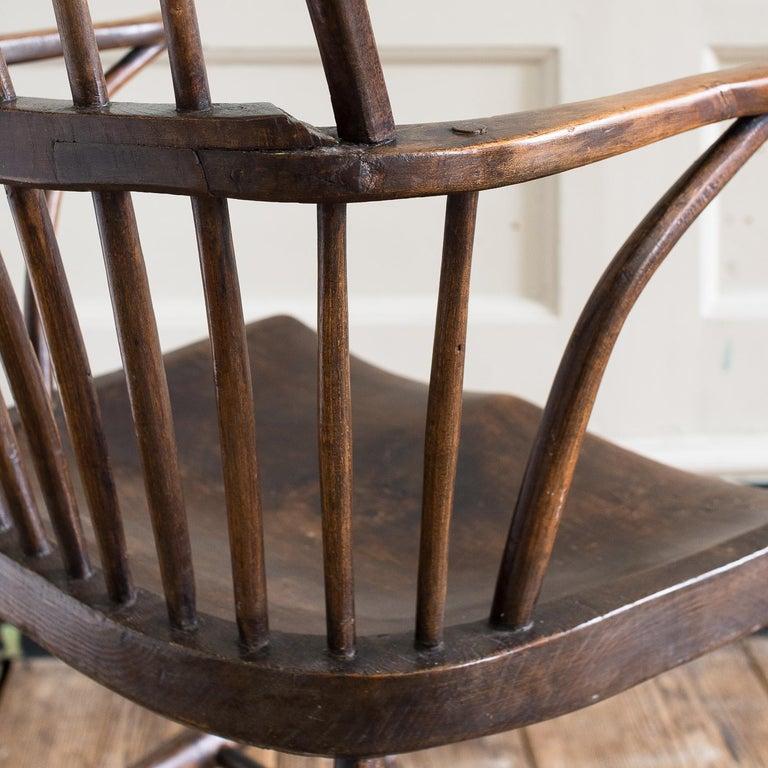 Georgian Elm Windsor Chair For Sale 5