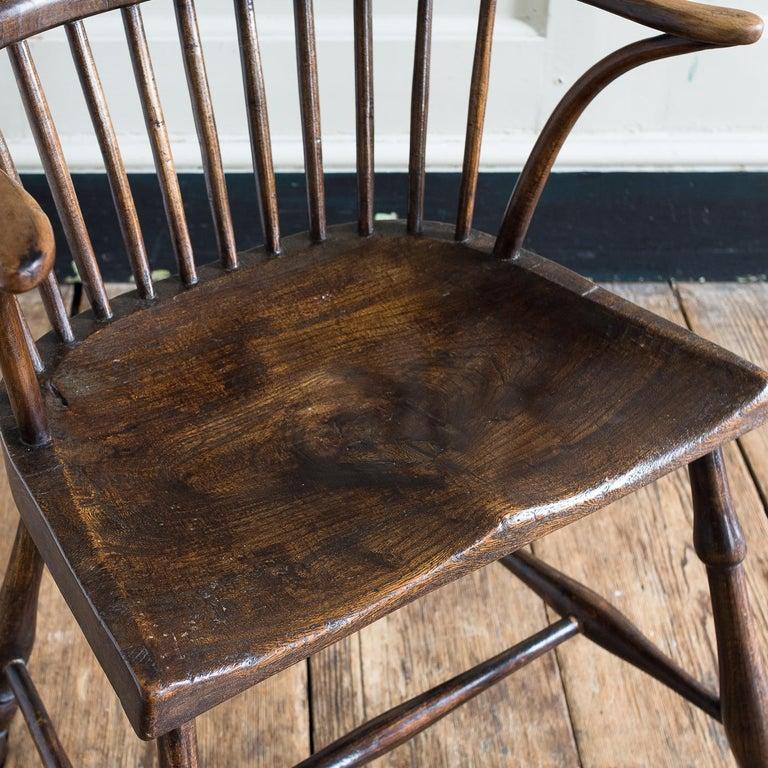 English Georgian Elm Windsor Chair For Sale