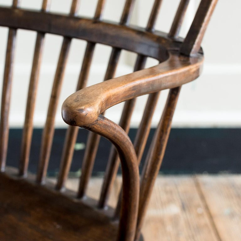 Georgian Elm Windsor Chair For Sale 3