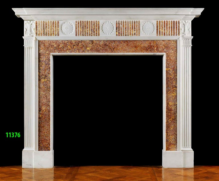 English Georgian Fireplace Mantel in Statuary and Spanish Brocatelle Marble For Sale