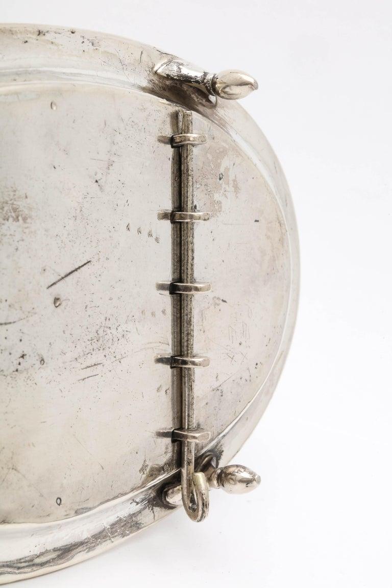 Georgian 'George III' Sterling Silver Footed Toast Rack For Sale 8
