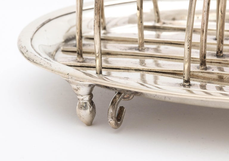 Georgian 'George III' Sterling Silver Footed Toast Rack For Sale 3