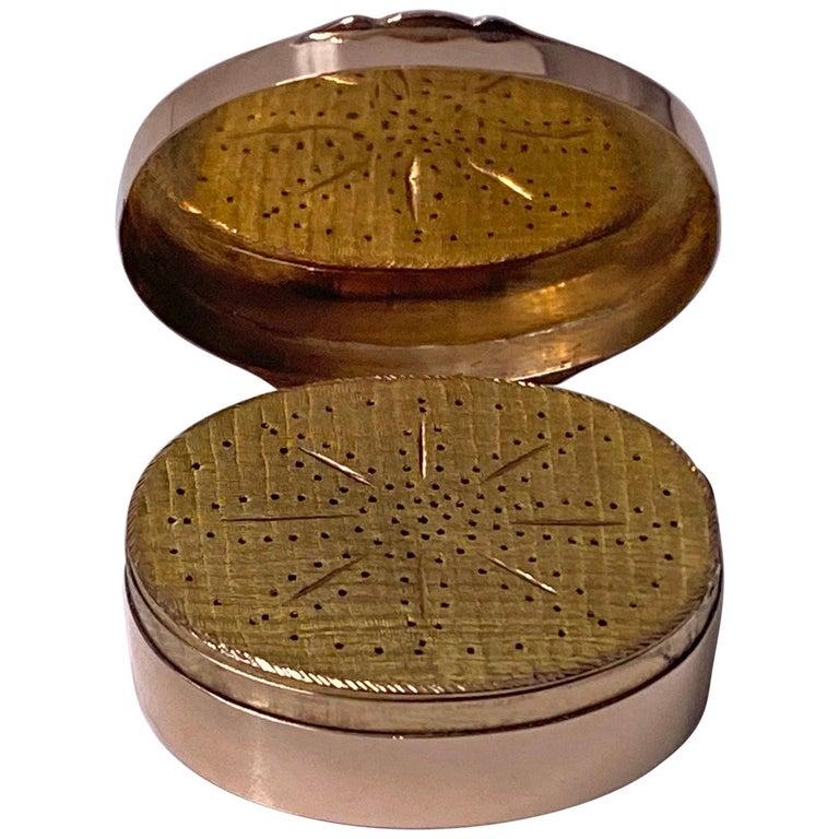 Georgian Gold Vinaigrette, circa 1800 For Sale