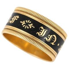 Georgian 'In Memory Of' 18 Karat Gold Black Enamel Band Ring, circa 1823