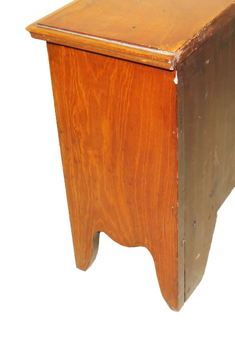 Georgian Mahogany 18th Century Miniature Chest of Drawers For Sale 2