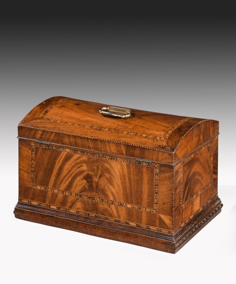 Georgian Mahogany Domed Box In Good Condition For Sale In London, GB