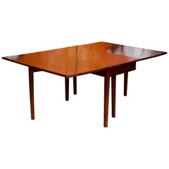 Georgian Mahogany Gateleg Dining Table