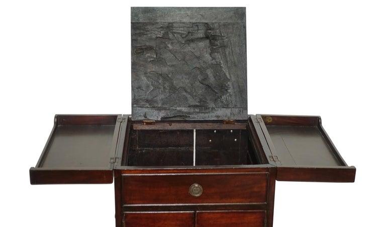 Georgian Mahogany Gentleman's Washstand, English, circa 1800 For Sale 1