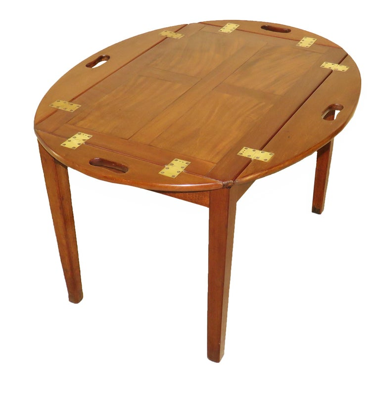 English Georgian Mahogany Oval Butlers Tray on Stand Coffee Table For Sale