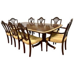 Georgian Mahogany Pedestal Table and 8 Carved Wheat Sheaf Chairs, Dining Set