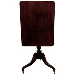 Georgian Mahogany Tilt-Top Wine Table