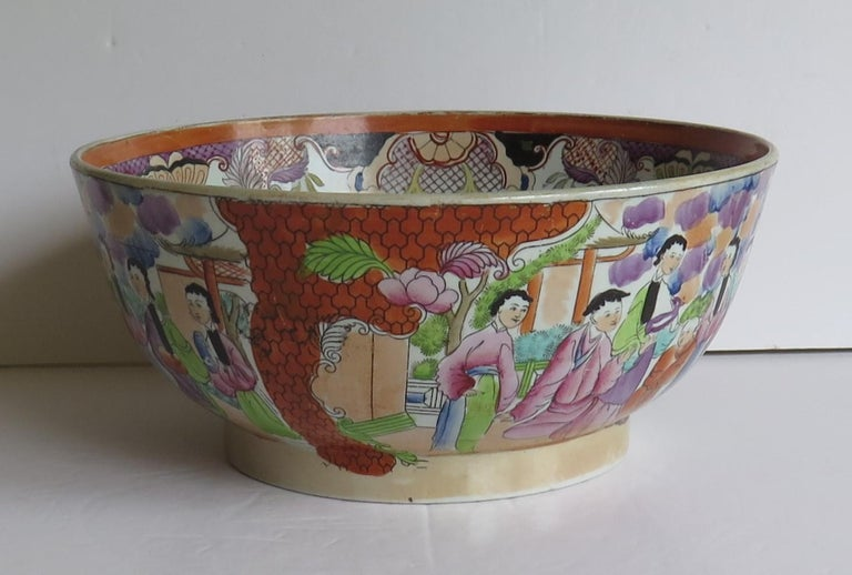 Georgian Mason's Ironstone Large Bowl in Red Scale People Pattern, Circa 1815 In Good Condition For Sale In Lincoln, Lincolnshire