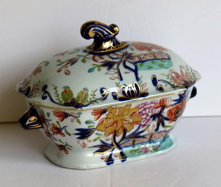 Chinoiserie Georgian Mason's Ironstone Sauce Tureen and Cover Gilded Rose Japan Pattern For Sale
