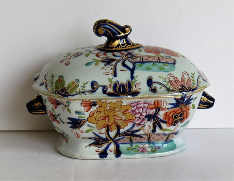 Hand-Painted Georgian Mason's Ironstone Sauce Tureen and Cover Gilded Rose Japan Pattern For Sale