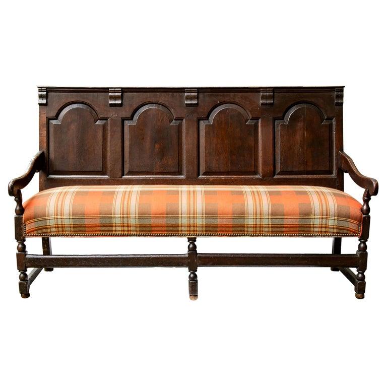 Georgian Oak Settle Bench, circa 1780 For Sale