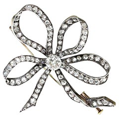 Georgian or Early Victorian 15kt Gold and Silver Ladies Brooch with Diamonds