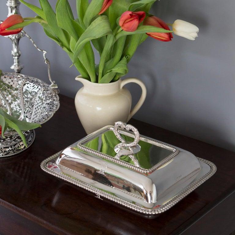 Georgian Silver Entree Dish, London, 1810 by John Foskett & John Stewa For Sale 4