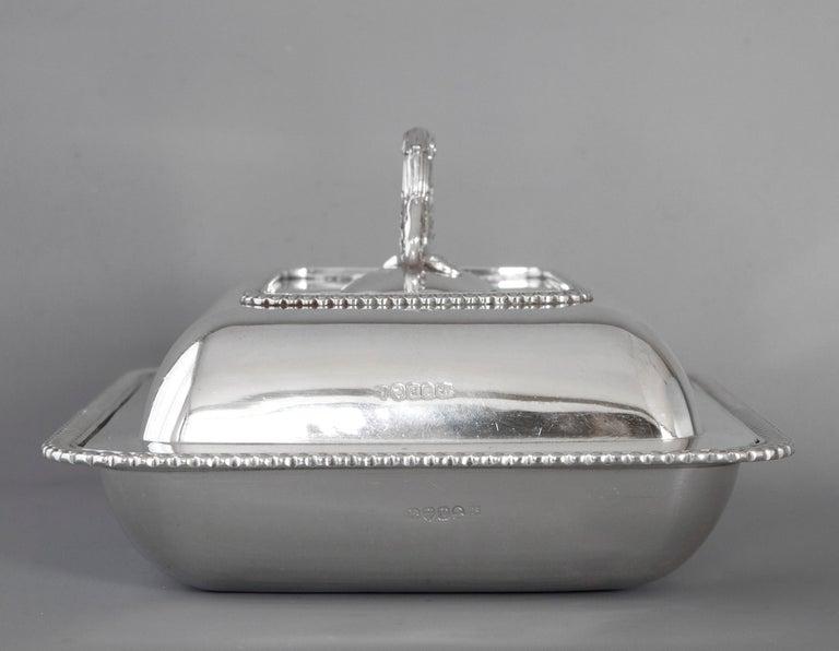 British Georgian Silver Entree Dish, London, 1810 by John Foskett & John Stewa For Sale