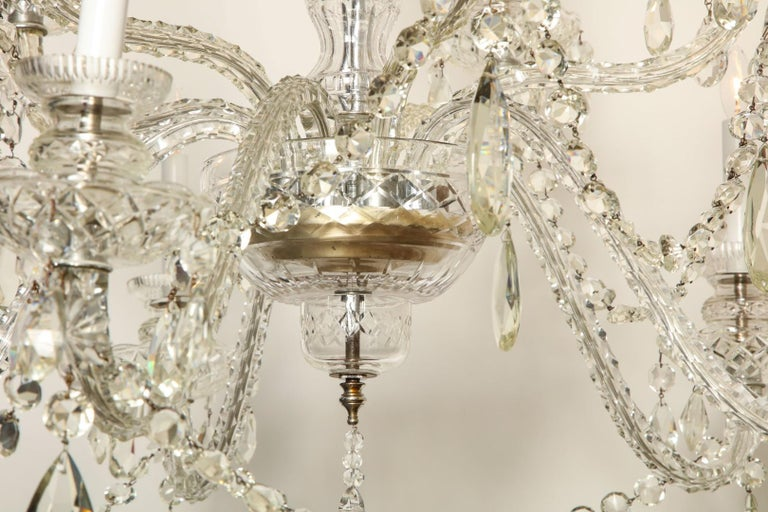 British Georgian Style Cut Crystal Chandelier For Sale