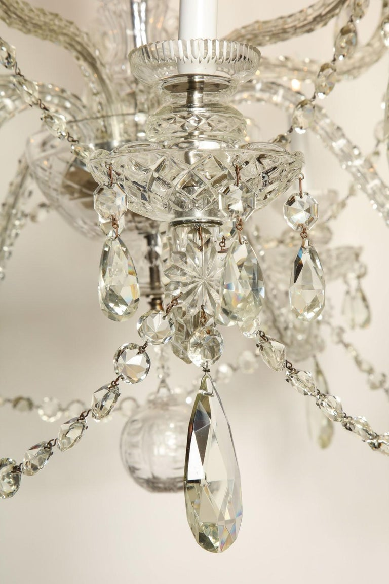 Mid-20th Century Georgian Style Cut Crystal Chandelier For Sale