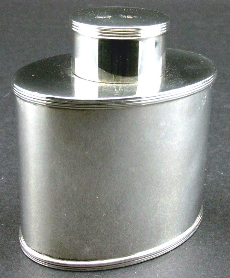 English A Very Fine Sterling Silver Tea Caddy by Asprey, Hallmarked London 1908 For Sale