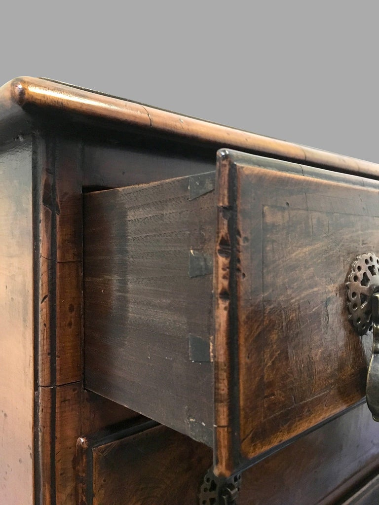 Georgian Style Walnut Bachelors' Chest of Small Size For Sale 1