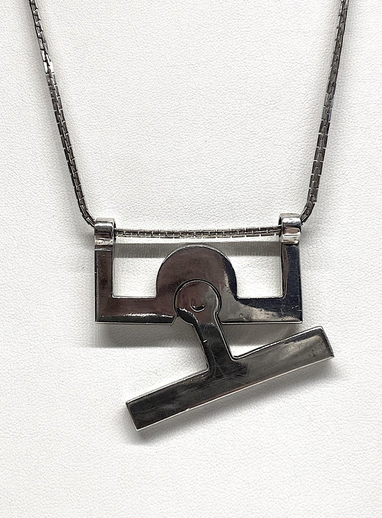 Georgio Gucci Silver Pendant Necklace, 1970s For Sale 2