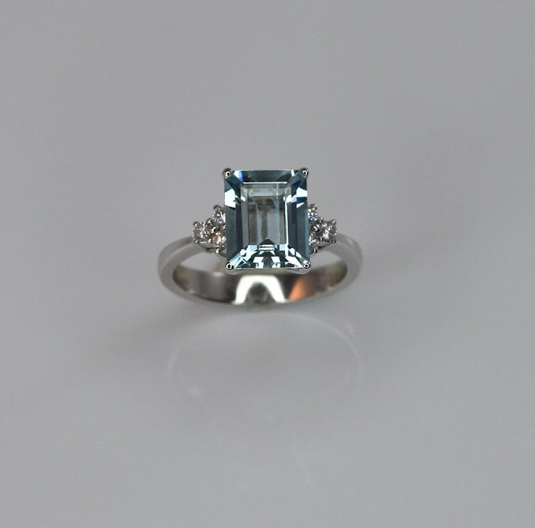 Georgios Collections 18 Karat White Gold Aquamarine Solitaire Ring with Diamonds In New Condition For Sale In Astoria, NY
