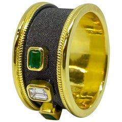 Georgios Collections 18 Karat Yellow Gold Diamond and Emerald Two-Tone Band Ring