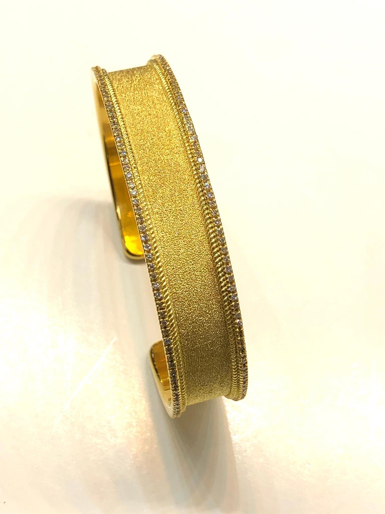 Round Cut Georgios Collections 18 Karat Yellow Gold Diamond Bangle Bracelet For Sale