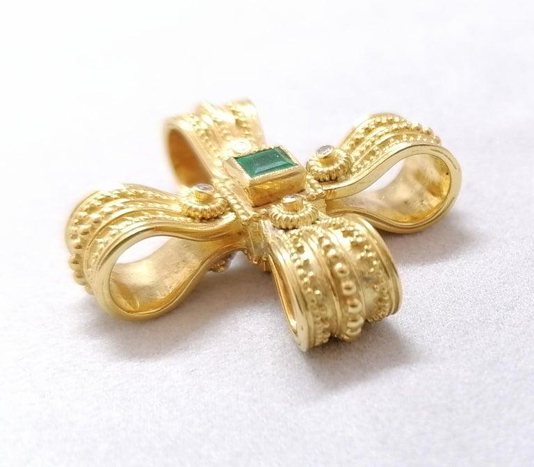 Byzantine Georgios Collections 18 Karat Yellow Gold Diamond Emerald and Sapphire Cross For Sale