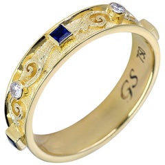 Georgios Collections 18 Karat Yellow Gold Diamond Unisex Band Ring with Sapphire