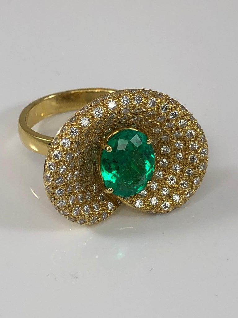Georgios Collections 18 Karat Yellow Gold Ring with Emerald and Diamonds For Sale 3
