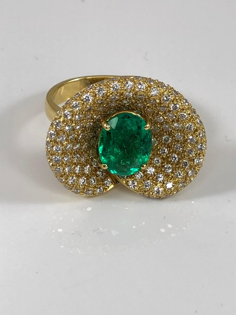 Georgios Collections 18 Karat Yellow Gold Ring with Emerald and Diamonds For Sale 4
