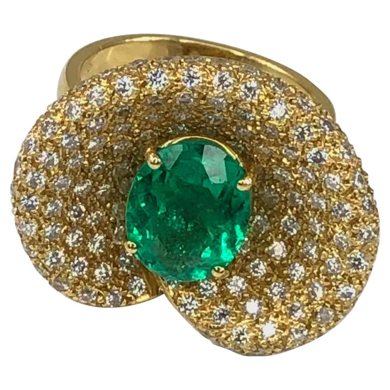 Georgios Collections 18 Karat Yellow Gold Ring with Emerald and Diamonds For Sale