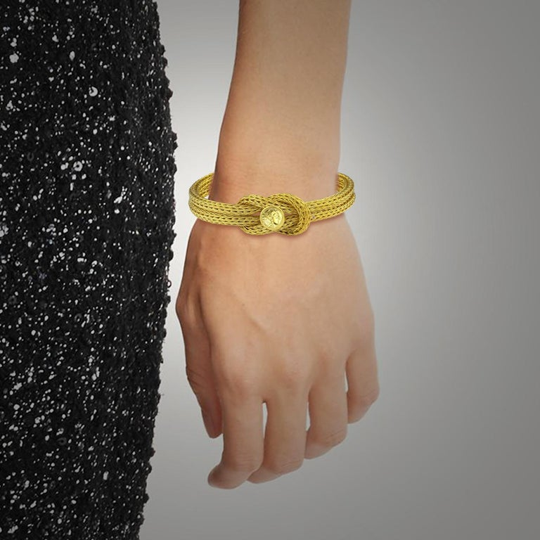 Georgios Collections 18 Karat Yellow Gold Rope Bracelet with Alexander Coin In New Condition For Sale In Astoria, NY