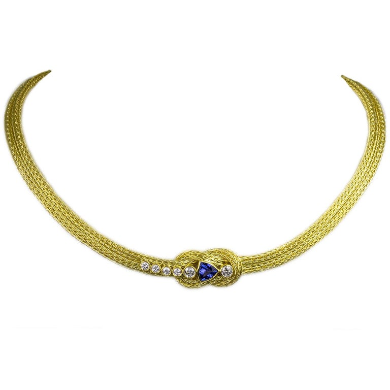 Classical Greek Georgios Collections 18 Karat Yellow Gold Rope Necklace with Knot and Tanzanite For Sale