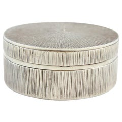 Gerald Benney Pill Box, Silver, London, 1975