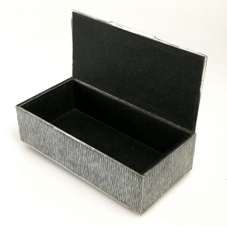20th Century Gerald Benney Sterling Silver Cigar Box / Cigarette Box 1981 For Sale