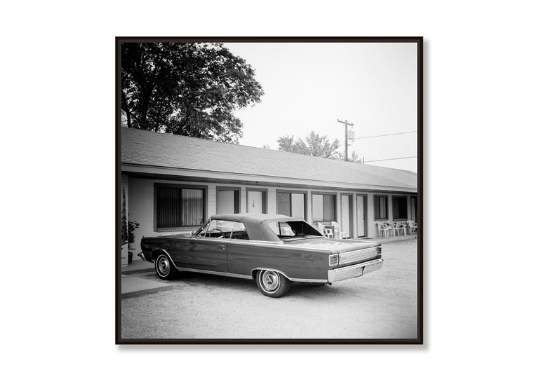 1967 Plymouth, Route 66, USA - Black and White fine art film photography - Contemporary Photograph by Gerald Berghammer, Ina Forstinger