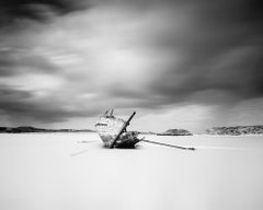 Bad Eddies Boat, Ireland, minimalist black and white photography, landscapes