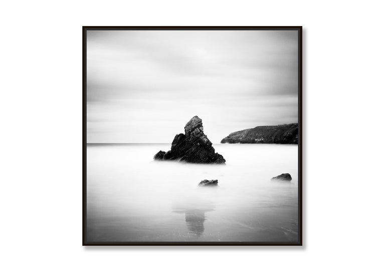 Sea Stack Study 2, Scotland - Black and White fine art seascapes photography - Contemporary Photograph by Gerald Berghammer, Ina Forstinger