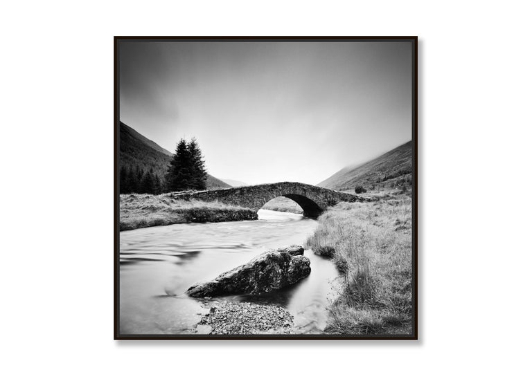 Stone Bridge, Scotland - Black and White long exposure fine art film photography - Contemporary Photograph by Gerald Berghammer, Ina Forstinger