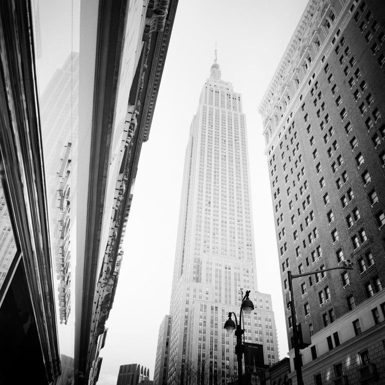 Gerald Berghammer, Ina Forstinger Landscape Photograph - Victorias Secret Shop, New York City, USA - Black and White fine art photography