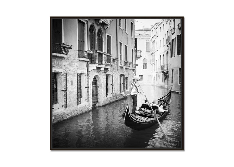 Gondoliere, Venice, Italy, fine art black and white photography, waterscapes - Photograph by Gerald Berghammer