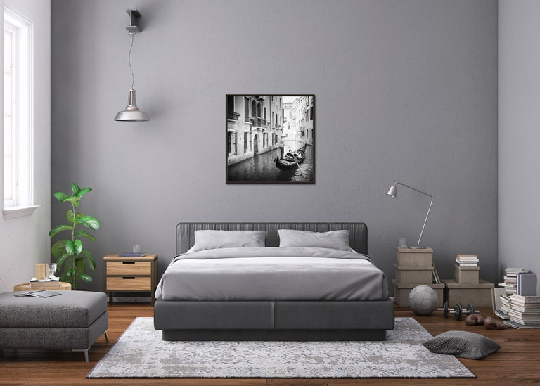 Gondoliere, Venice, Italy, fine art black and white photography, waterscapes For Sale 1