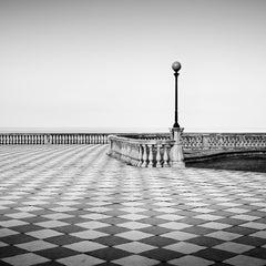 Terrazza Mascagni, Tuscany, minimalism black and white architecture photography